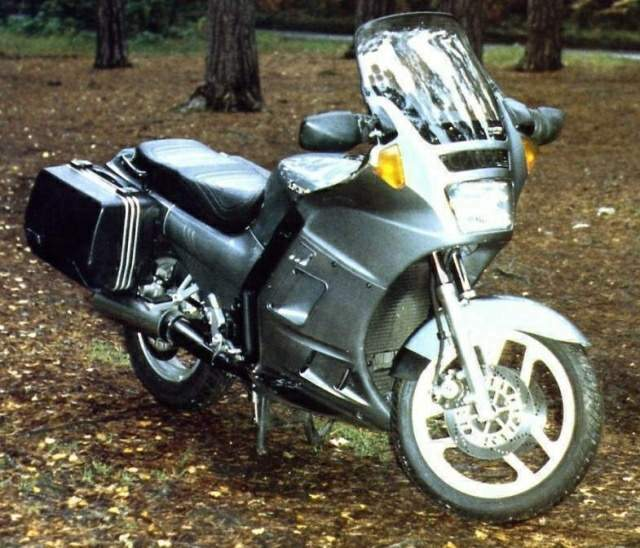 Kawasaki GTR 1000 / ZG 1000 Concours For Sale Specifications, Price and Images
