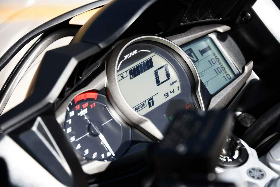 Yamaha FJR 1300A / AE / AS / ES For Sale Specifications, Price and Images