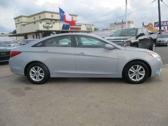 2011 Hyundai Sonata GLS For Sale Specifications, Price and Images