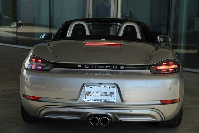 2019 Porsche 718 Boxster S