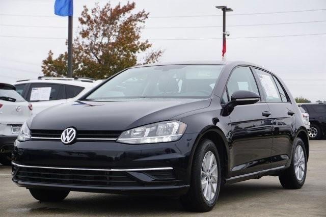 2018 Volkswagen Golf TSI S