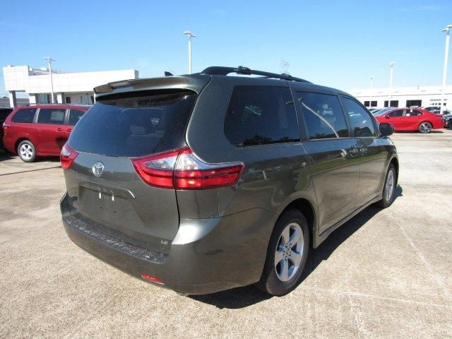 2020 Toyota Sienna LE For Sale Specifications, Price and Images