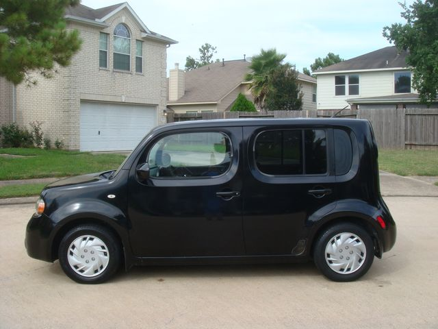 2009 Nissan Cube 1.8 S For Sale Specifications, Price and Images