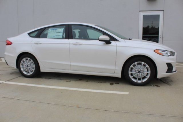 2019 Ford Fusion SE For Sale Specifications, Price and Images