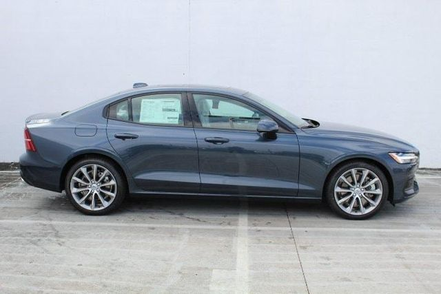 2019 Volvo S60 T6 Momentum For Sale Specifications, Price and Images