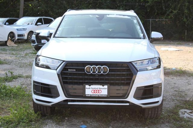 2019 Audi Q7 55 SE Premium Plus For Sale Specifications, Price and Images