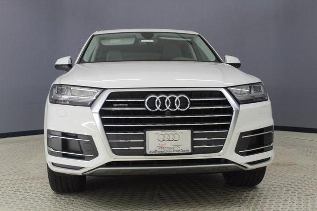 2019 Audi Q7 45 Premium Plus