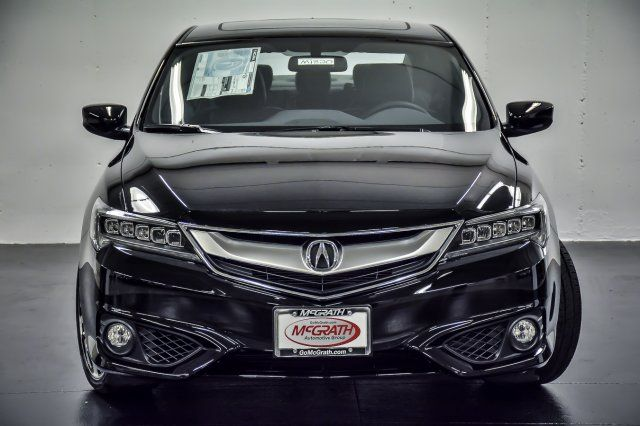 2018 Acura ILX w/Premium/A-SPEC Pkg