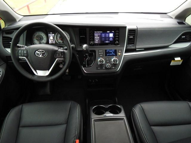 2020 Toyota Sienna SE For Sale Specifications, Price and Images