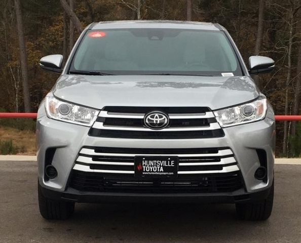 2019 Toyota Highlander LE For Sale Specifications, Price and Images