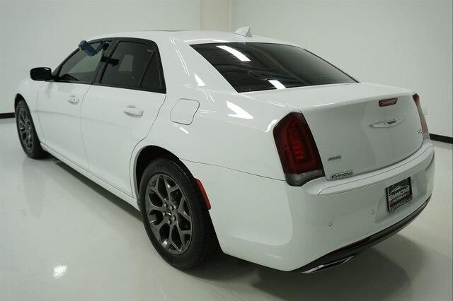 2016 Chrysler 300 S For Sale Specifications, Price and Images