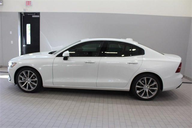 2019 Volvo S60 T5 Momentum For Sale Specifications, Price and Images