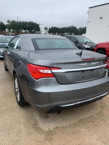 2013 Chrysler 200 Limited For Sale Specifications, Price and Images