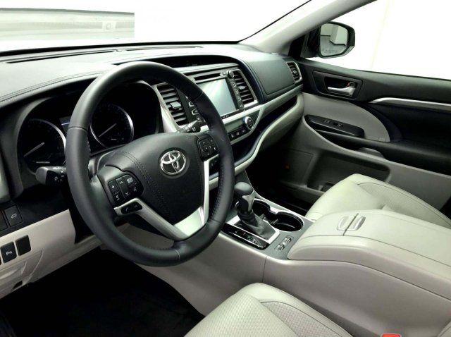 2017 Toyota Highlander Limited 4dr SUV