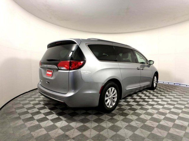 2018 Chrysler Pacifica Touring L For Sale Specifications, Price and Images