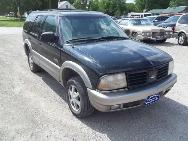1999 Oldsmobile Bravada Base