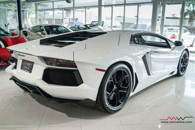 2012 Lamborghini Aventador LP700-4 For Sale Specifications, Price and Images
