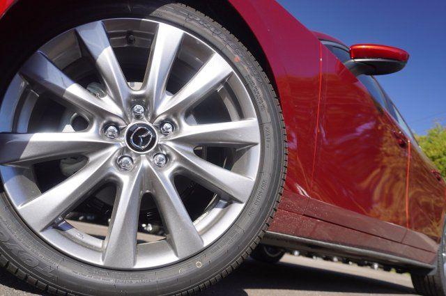 2020 Mazda Mazda3 w/Preferred Pkg